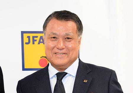 【悲報】JFA・田嶋幸三会長の続投決定!64人全員賛成「オリンピック、W杯2次予選、最終予選にしっかり勝ちたい」