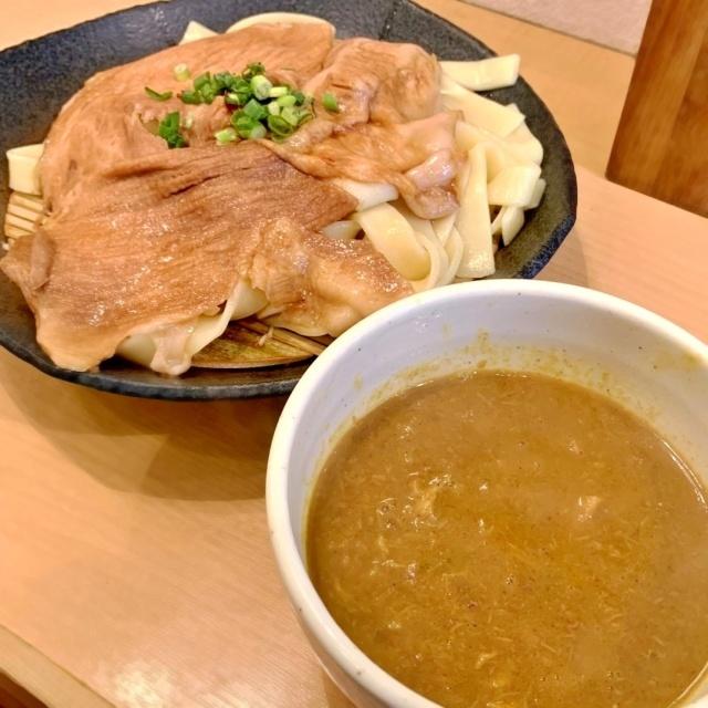 とろ肉つけ麺 魚とん (8)