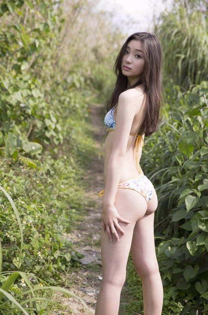 adachi_rika059.jpg