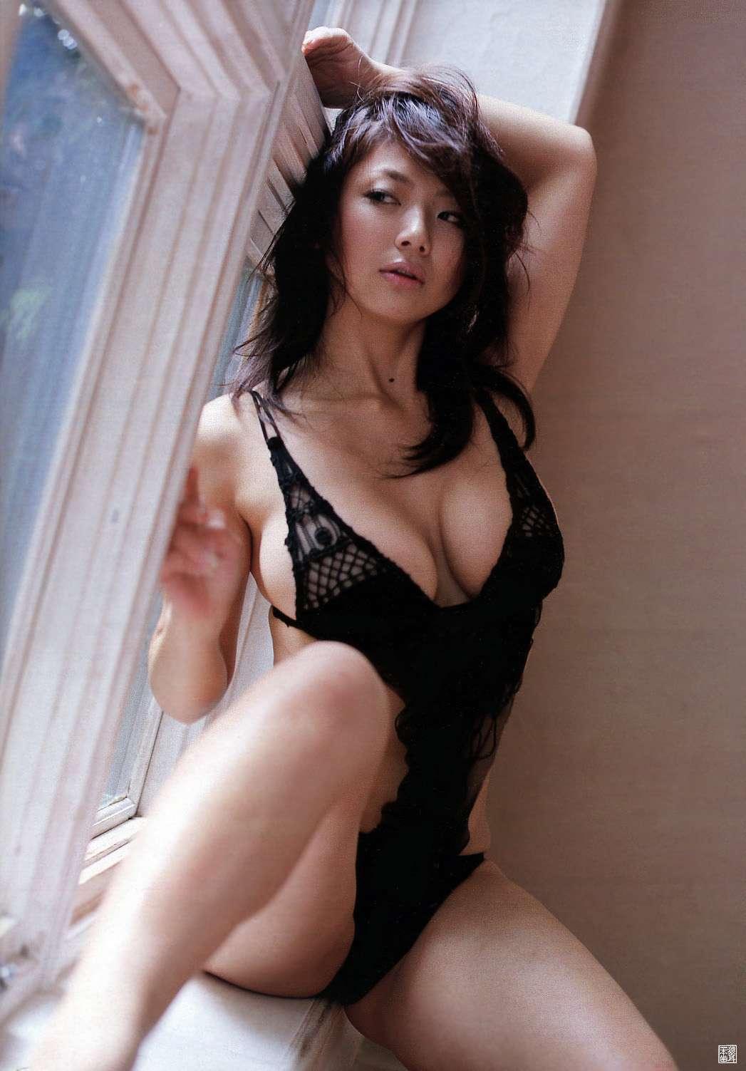 aizawa_hitomi152.jpg