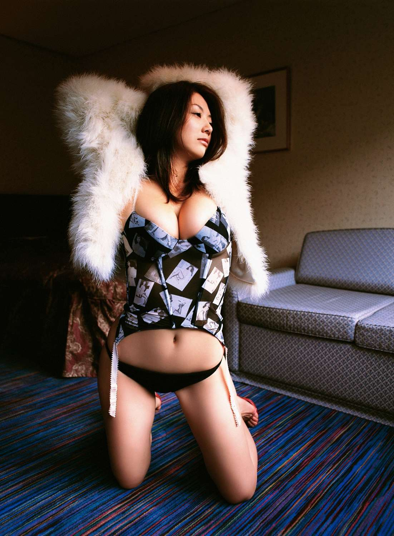aizawa_hitomi158.jpg