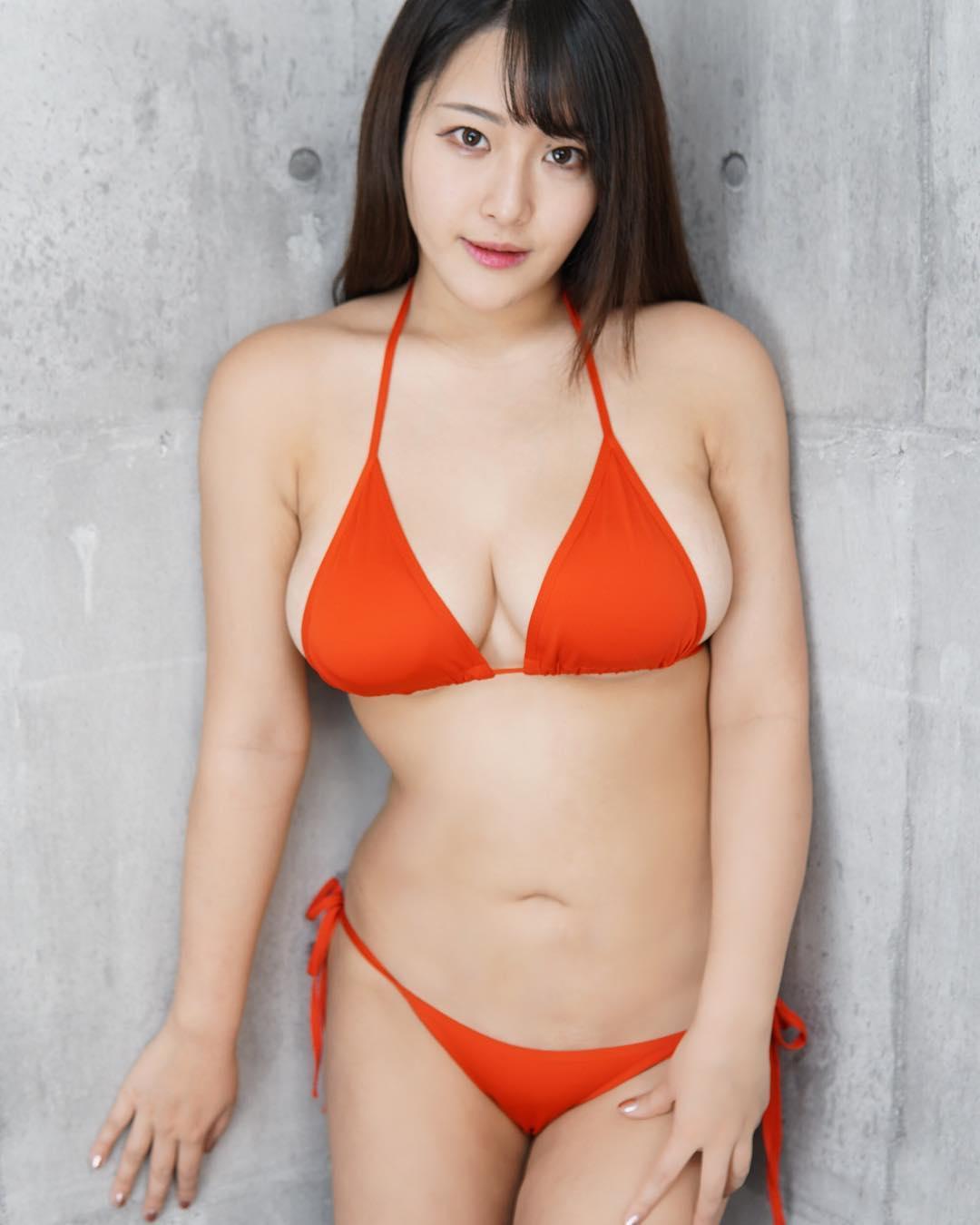 akiyama_kaho014.jpg