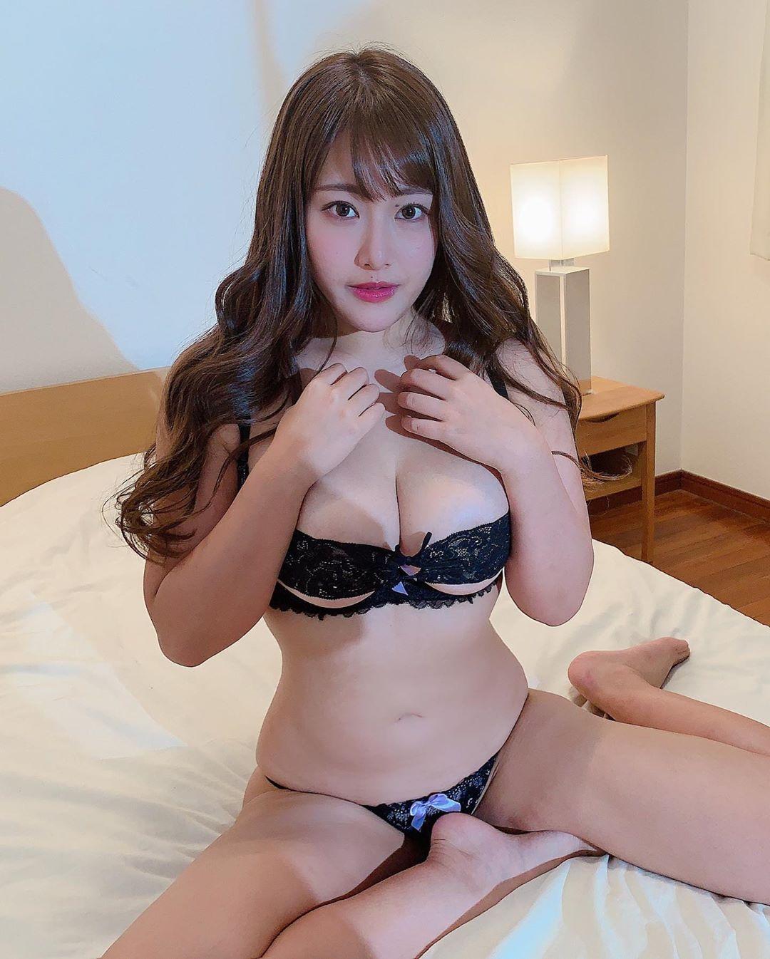 akiyama_kaho033.jpg