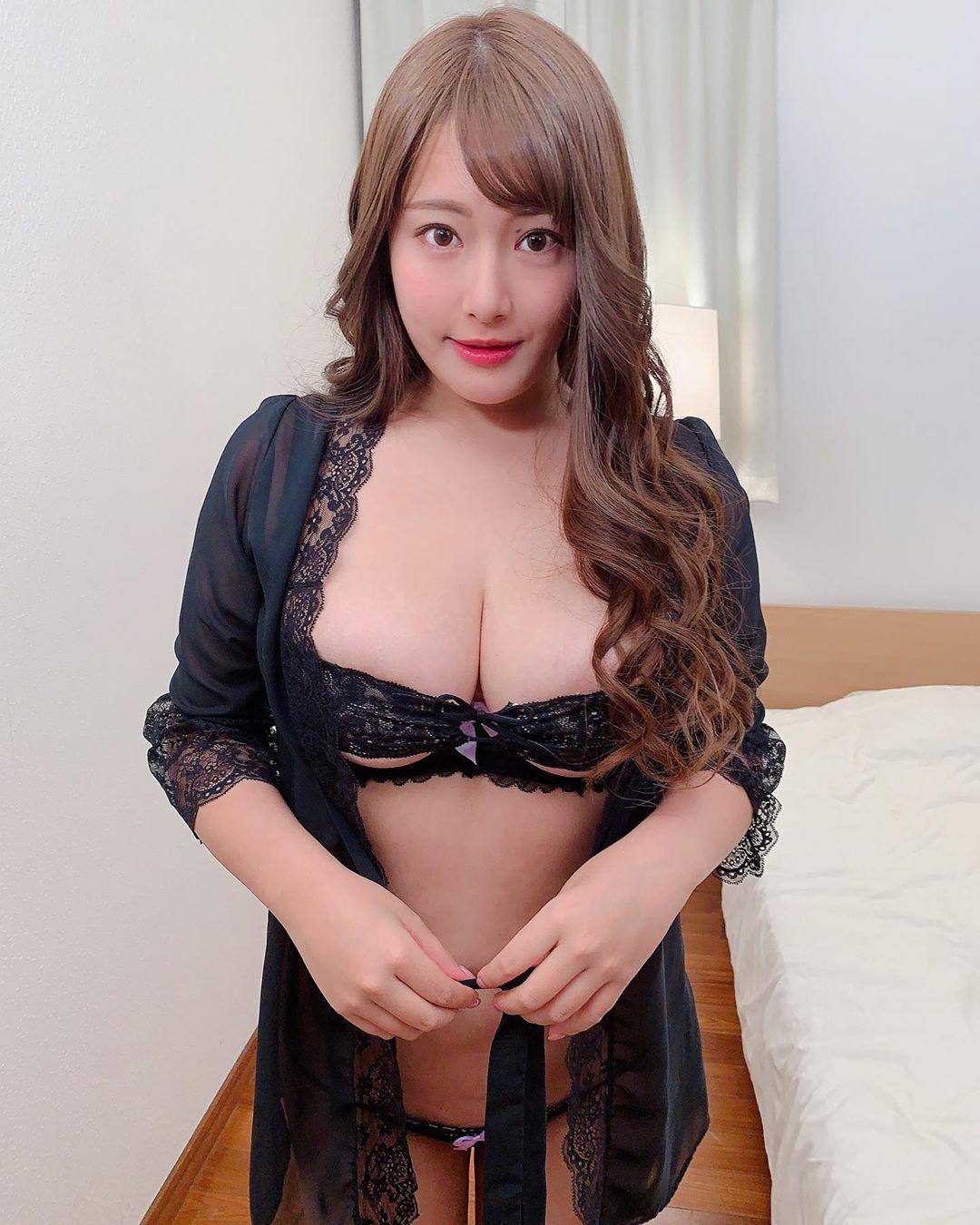 akiyama_kaho035.jpg