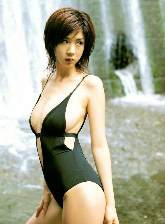 hoshino_aki105.jpg