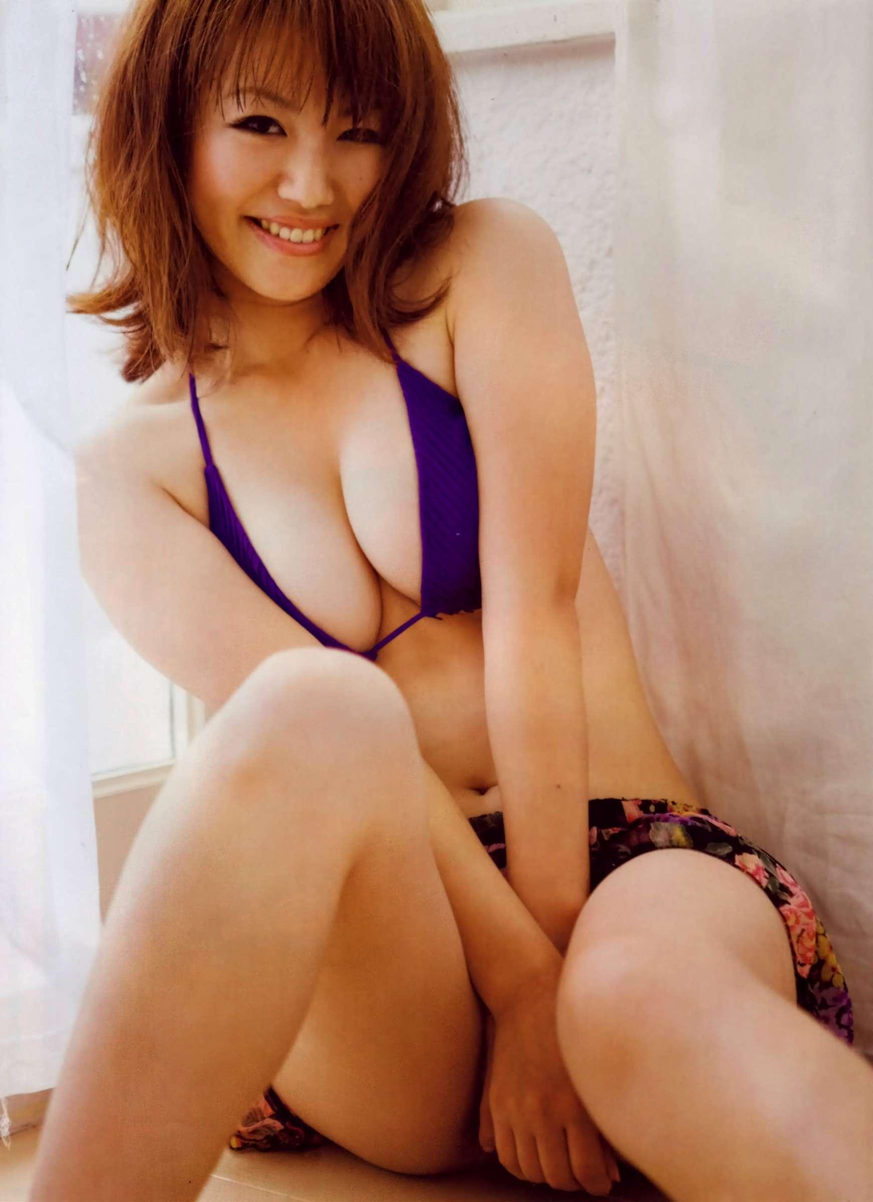 isoyama_sayaka139.jpg