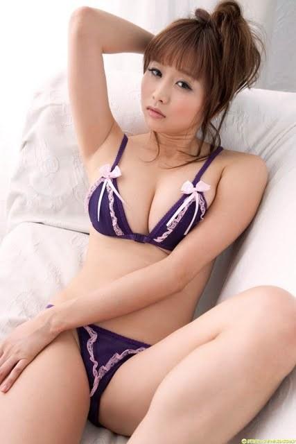 ohta_akina162.jpg