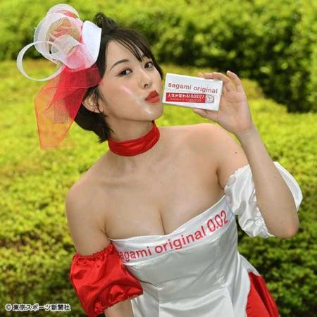 oshino_sara084.jpg
