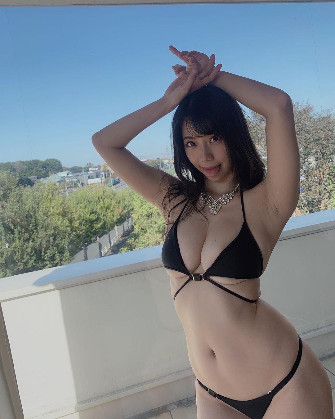 suzuki_fumina228.jpg