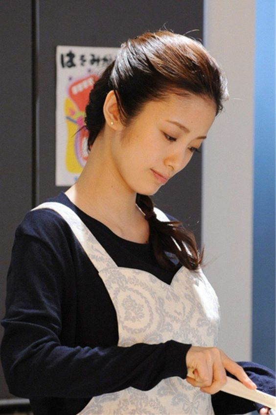 ueto_aya113.jpg