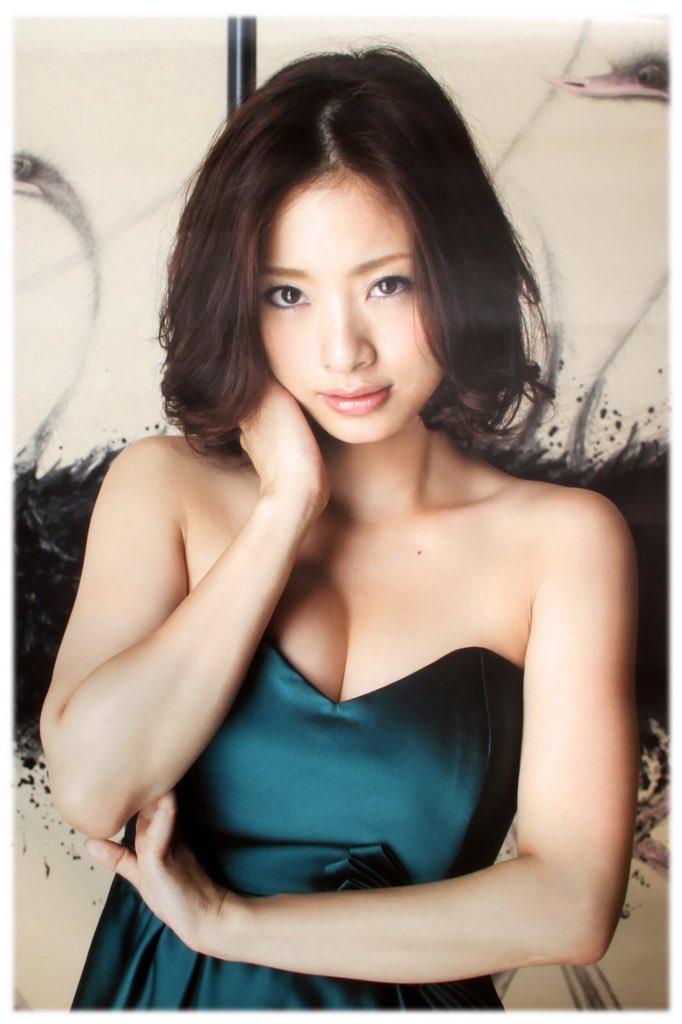 ueto_aya114.jpg