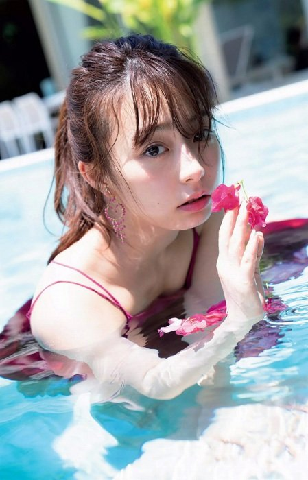 ugaki_misato044.jpg