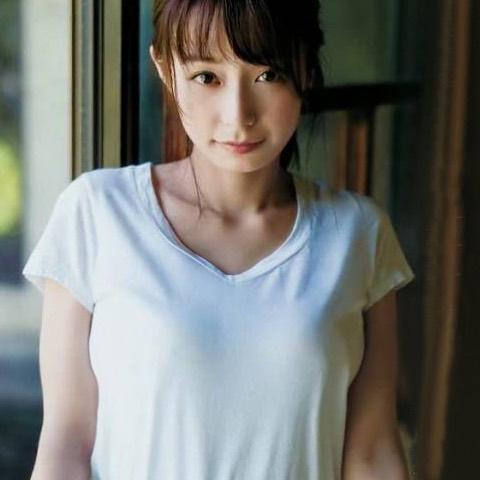 ugaki_misato069.jpg