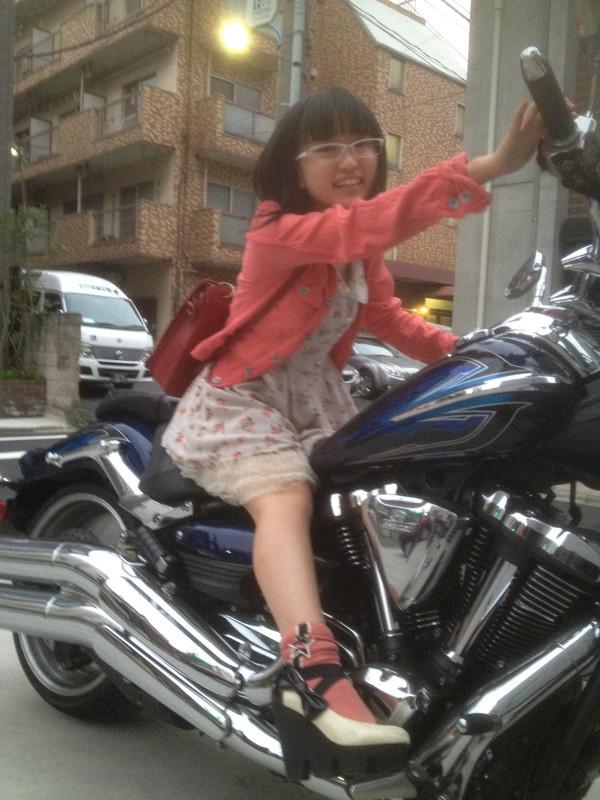 yuuki_aoi011.jpg