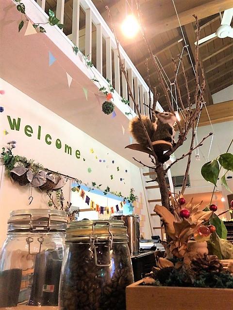 カフェ ホロポノ 店内2