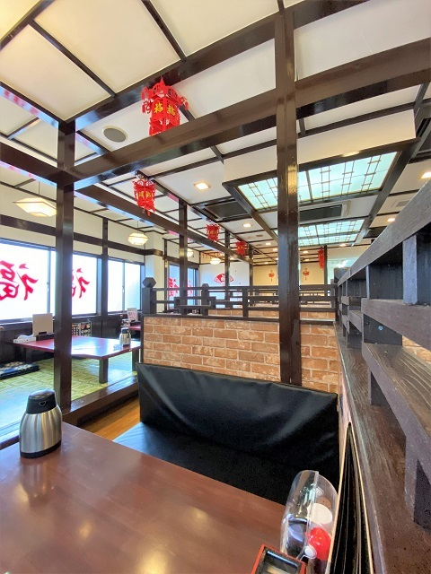台湾料理 一番亭 店内