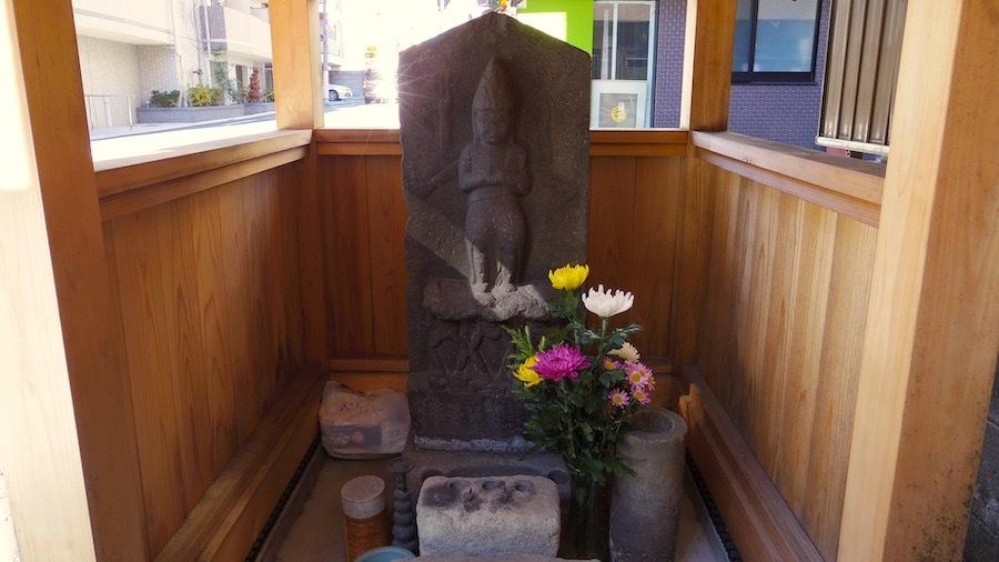 御嶽神社10東嶺町42番地1の庚申塔