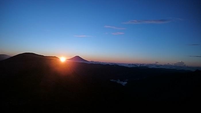 光小屋からの日の出