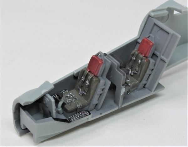 Cockpit (10)