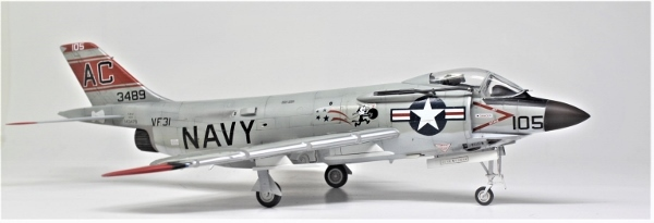 F3H-2 (22)