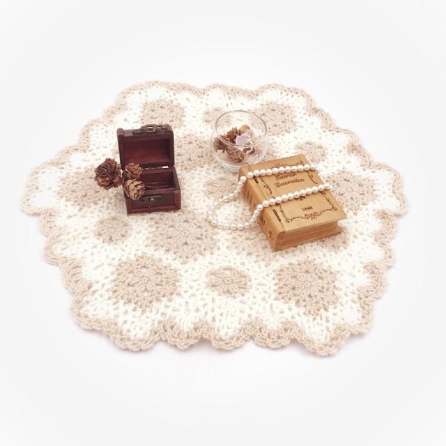 HanahanD,はなはんど,手編み雑貨,ドイリー,冬小物,敷物,インテリア,花,モチーフ繋ぎ