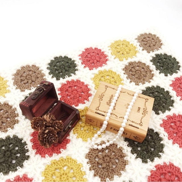 手編み雑貨,HanahanD,ひざかけ,コンパクト,カラフル,ベビー,冬小物,リビング雑貨