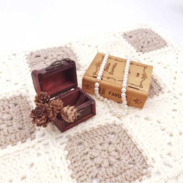 手編み雑貨,HanahanD,ひざかけ,ブランケット,冬小物,ウール100%,暖かグッズ,モチーフ繋ぎ,ナチュラル,花モチーフ,ベビーグッズ