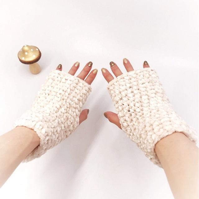 手編み雑貨,HanahanD,コーデュロイ,ハンドウォーマー,指なしハンドウォーマー,冬小物,あたたか,冬のお出かけ