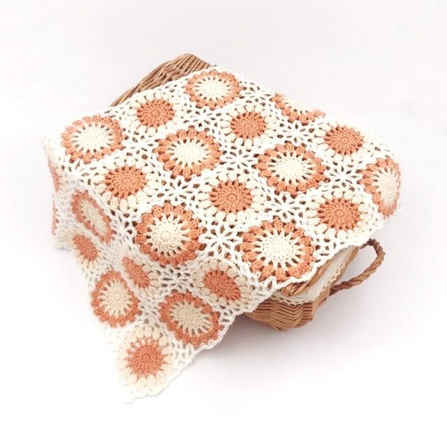 手編み雑貨,HanahanD,はなはんど,hanahand,ドイリー,かわいい,冬糸,モチーフ繋ぎ,グラデーション,シンプル