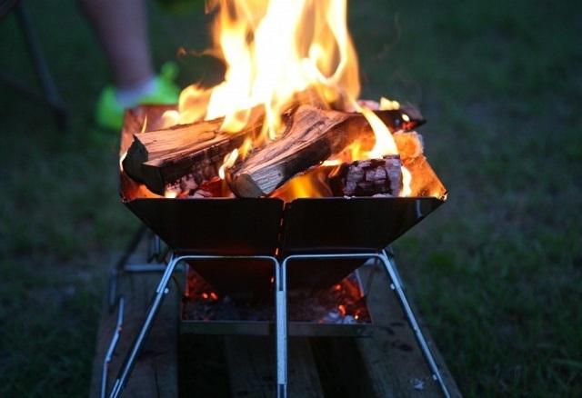 ⑧焚き火640