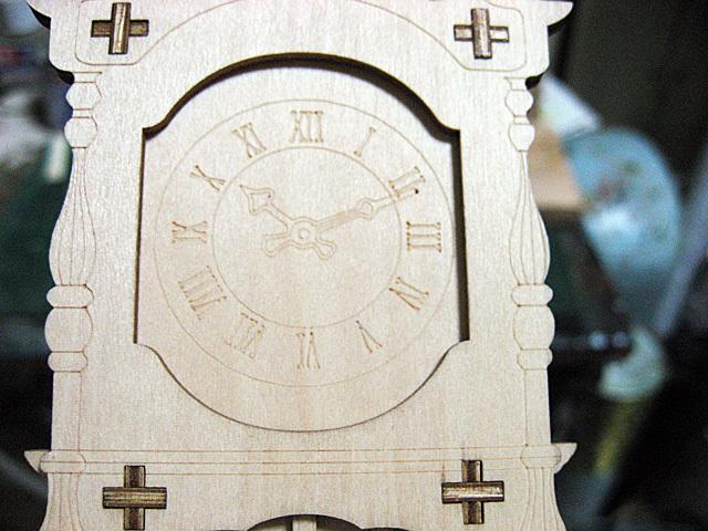 レーザーによる木工