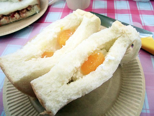 二品目オレンジチーズサンド