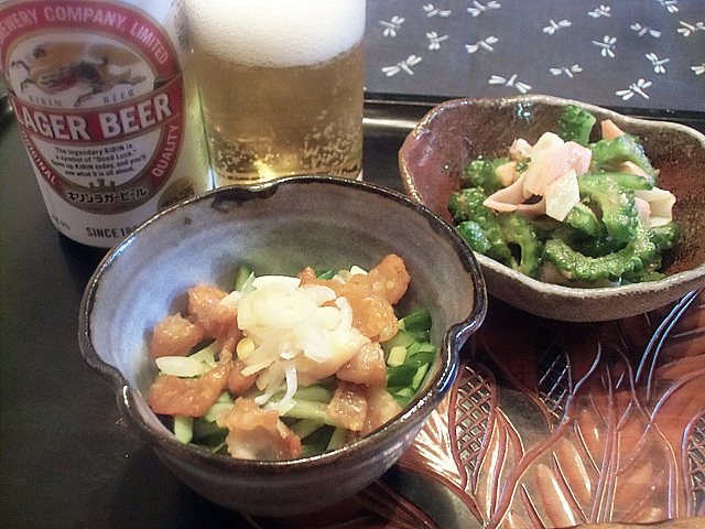 夏の小鉢でビール