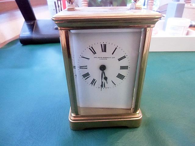 1-壊れた置時計