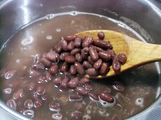 小豆を茹でました