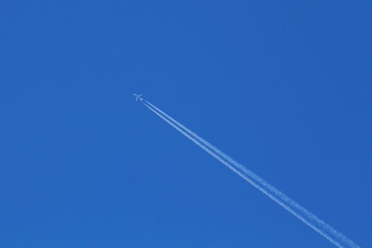 IMG_1111 飛行機雲SN