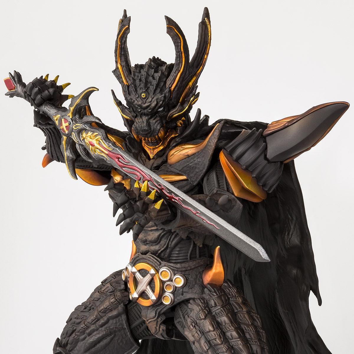 Figuarts(真骨彫製法) 暗黒騎士キバ予約4