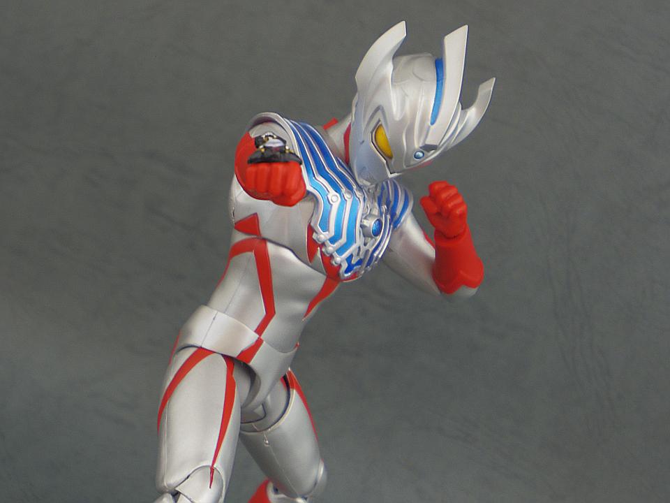 SHF ウルトラマンタイガ46