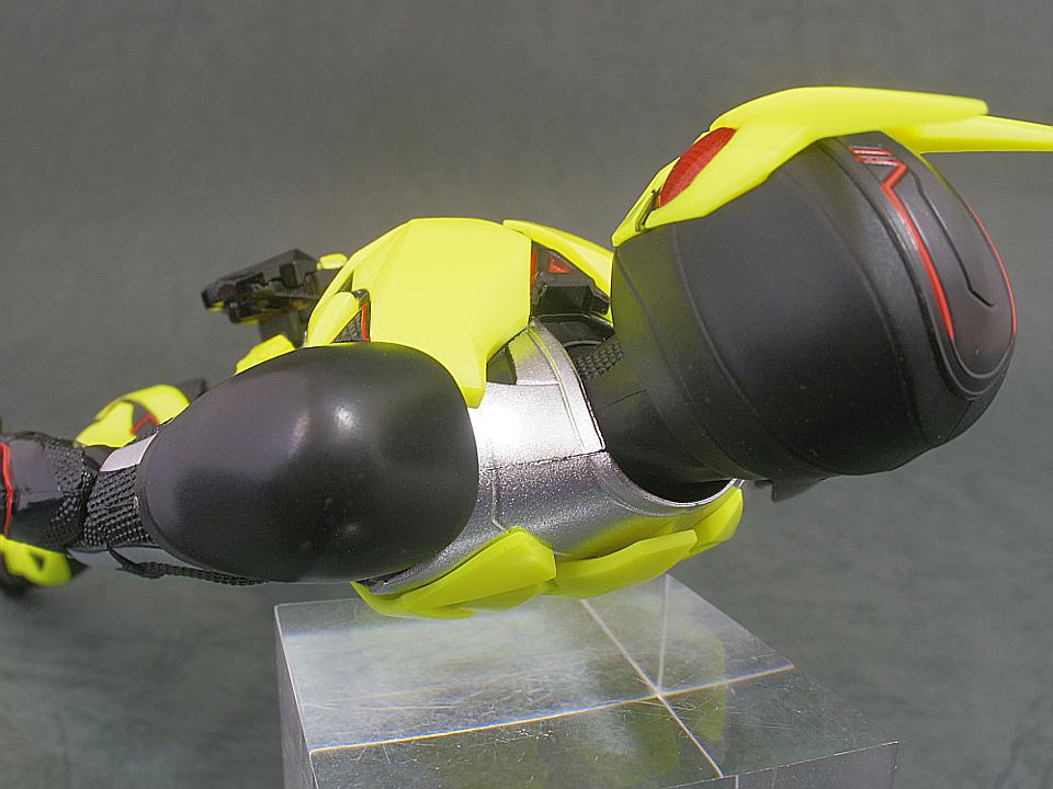 SHF 仮面ライダー01-12
