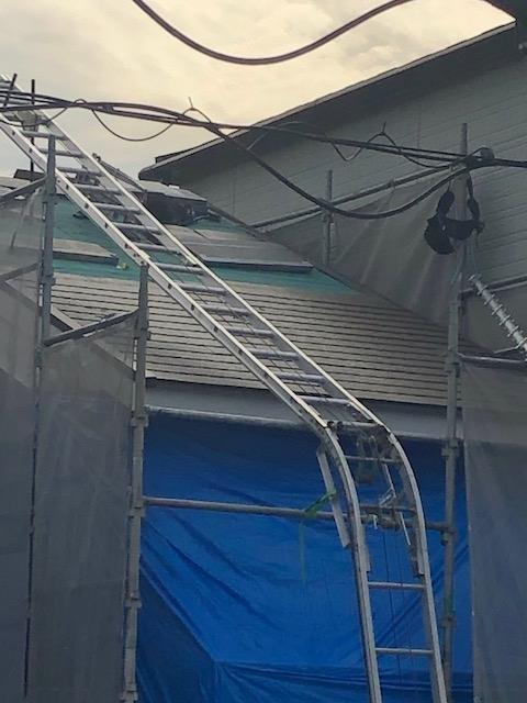 屋根施工中1