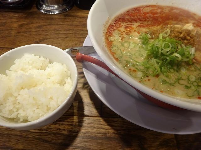 すする担々麵5 (4)