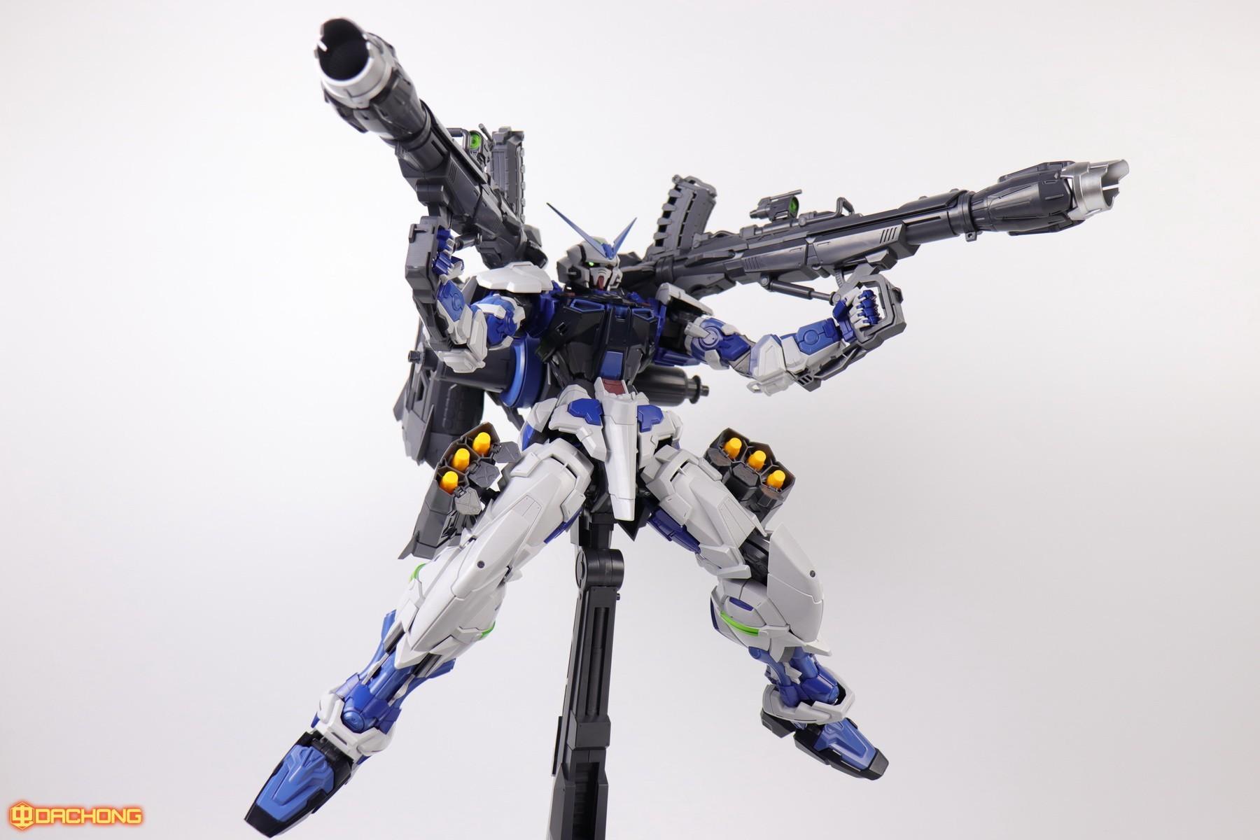 S306_blue_frame_astray_60_091.jpg