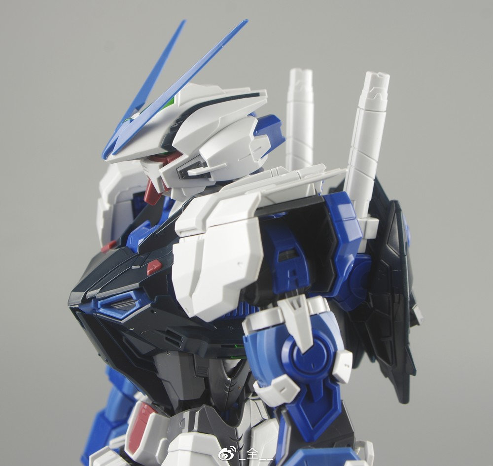 S306_blueframe_astray_056.jpg