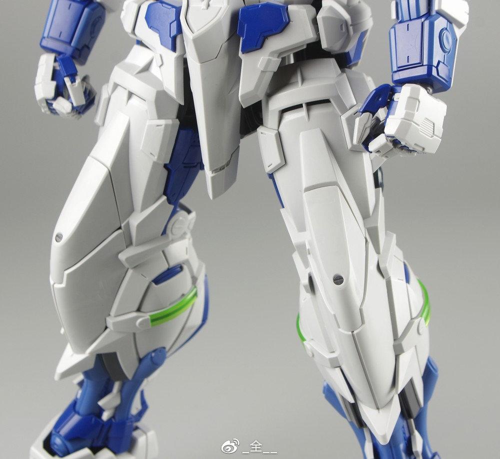 S306_blueframe_astray_061.jpg