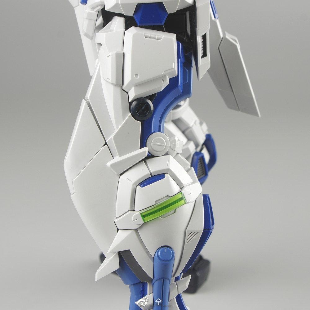 S306_blueframe_astray_063.jpg