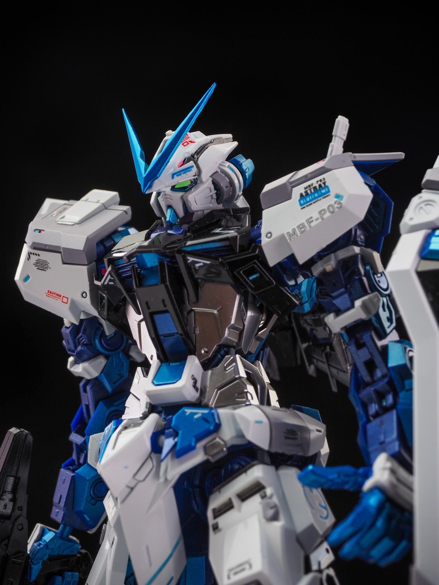 S367_8810_astray_blue_017.jpg