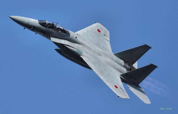 F-403.jpg