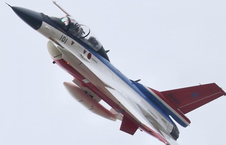 F-581.jpg
