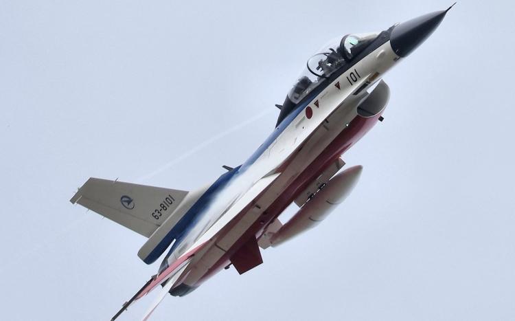 F-582.jpg