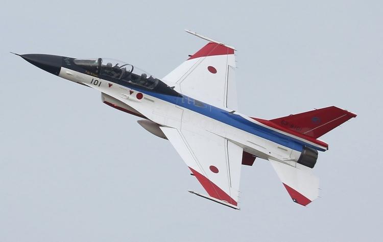 F-585.jpg